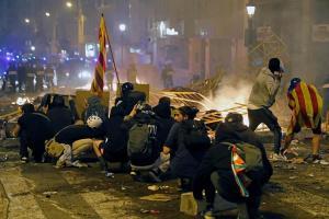 Seis detenidos en las últimas protestas violentas de Cataluña