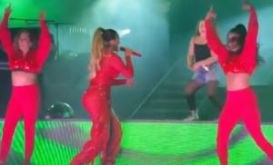 """¡Se robó el show! Karol G subió a una niña al escenario y dejó """"atónitos"""" a todos"""