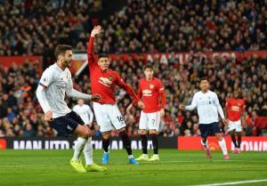El United iguala con el Liverpool y termina con su racha de triunfos