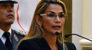 Presidenta interina de Bolivia rechaza intento de senadores de dar amnistía a Morales