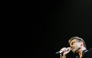 Publican canción inédita de George Michael a casi tres años de su muerte