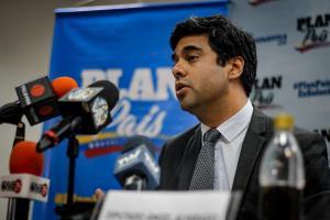 Plan País presenta medidas concertadas para obtener financiamiento y estabilizar la economía