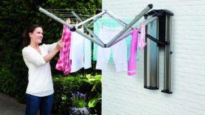 ¿Abusadores? Su vecino demandó que dejaran de tender su ropa interior en el jardín (FOTO)