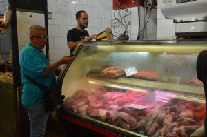 El precio de la carne y el pollo por las nubes en La Guaira
