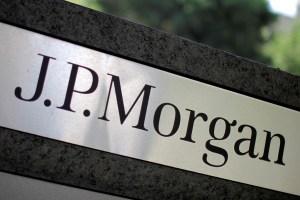 JPMorgan alertó por alza de la deuda de países en problemas, como Venezuela