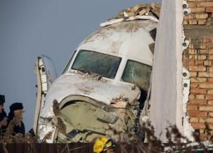 """""""Supe que se iba a caer"""", asegura superviviente del avión siniestrado en Kazajistán"""