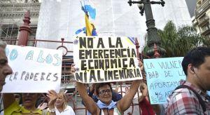 Arrancó en Argentina la primera protesta contra Fernández por sus nuevas medidas de emergencia (Fotos y video)