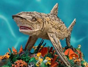 Convierte el plástico en arte para alertar sobre la contaminación del océano (fotos)