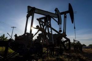En noviembre la producción de petróleo de Venezuela fue 697 mil bpd, según la OPEP