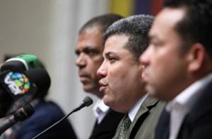 """Parra inscribió en el CNE írrito un bloque con los """"alacranes"""" que traicionaron a la Asamblea Nacional"""