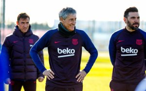 Quique Setién dirigió su primer entrenamiento como técnico del Barça (FOTOS)