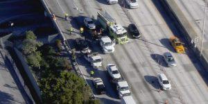 Cerrados todos los carriles de la I-95 por accidente en dirección sur en Northwest 103rd Street