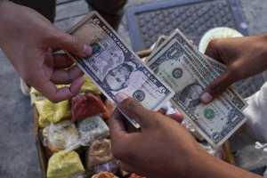 ¿Por qué el dólar paralelo se disparó en los últimos días? La explicación de Luis Oliveros