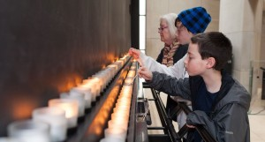 El Día Internacional por las Víctimas del Holocausto se conmemora este #27Ene