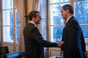 Macron: Francia apoya una rápida elección presidencial libre y transparente en Venezuela