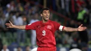Figura del fútbol turco que batió récord en los Mundiales…  se metió con Erdogan y ahora es taxista