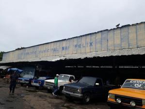 Mercado municipal de San Félix es un desastre (fotos)