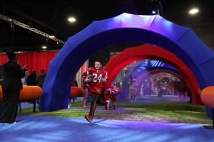 La experiencia del Super Bowl en Miami Beach es un campo de juegos interactivo para los fanáticos de la NFL