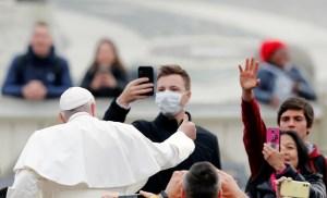 El papa Francisco expresa su cercanía a afectados por coronavirus