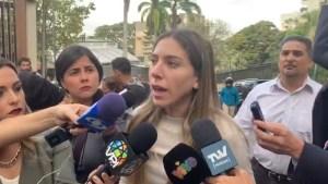 Fabiana Rosales desde la casa de Juan Márquez: Si esta es la respuesta a las sanciones, están equivocados (VIDEO)