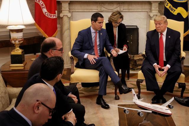 Presidente (e) de Venezuela @jguaido sostuvo encuentro con su homólogo estadounidense @realdonaldtrump en la Oficina Oval de La Casa Blanca.