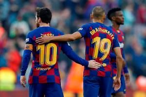 Figura del Barça generó elogios con un hermoso gesto hacia un fanático (VIDEO)