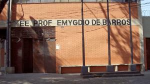 Terrible: Policías agredieron brutalmente a dos jóvenes en una escuela de Brasil