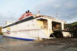 """""""Tenía certificados de seguridad vencidos"""": Revelaron detalles del ferry varado en altamar"""
