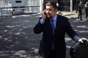 Régimen de Maduro mantiene en aislamiento y sin visitas a Roberto Marrero