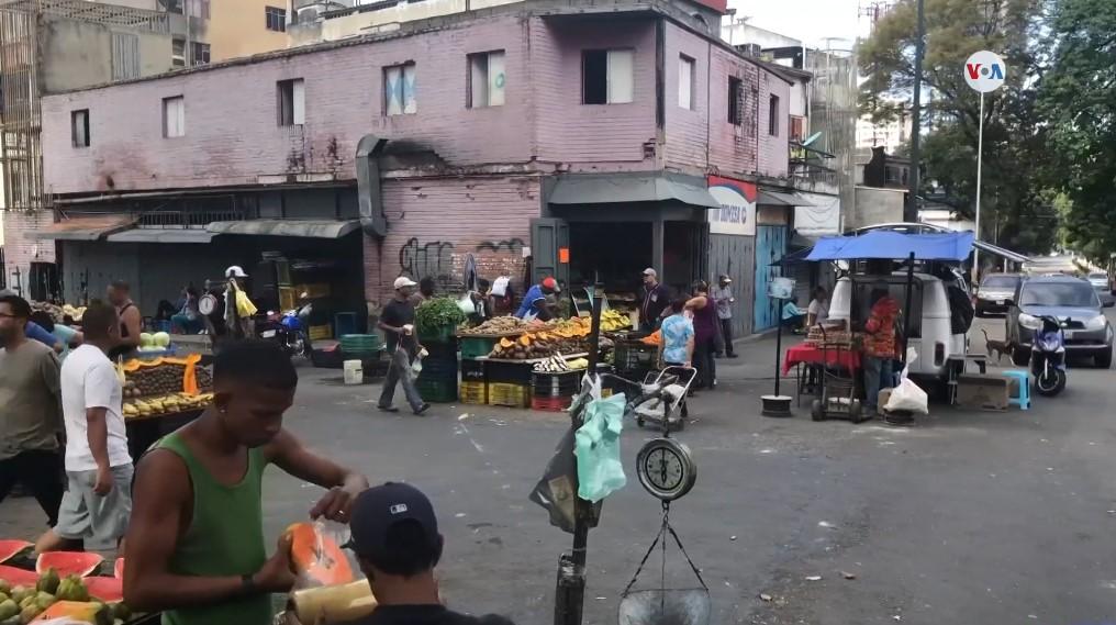 Uso del dólar se ha incrementado en el día a día del venezolano (Video)