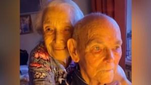 Una pareja que convive desde hace 70 años compartieron el secreto de su amor (Video)