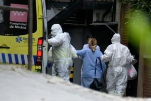 Coronavirus en España: Velorios virtuales y el dolor de no saber dónde se entierran los seres queridos