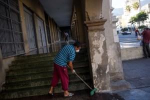 Encerrados sin ahorros ni provisiones: Así sobrevive Venezuela en cuarentena