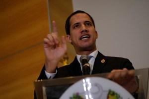 Guaidó afirmó que la primera muerte por Covid-19 en El Helicoide es responsabilidad de Maduro