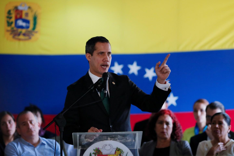 Guaidó enfatizó que hoy no está planteada una elección, sino un paredón
