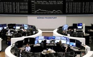 Las bolsas europeas caen más de 2% en la apertura de los mercados
