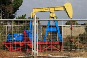 Firma mexicana recibirá 15 millones de barriles de crudo venezolano a cambio de alimentos