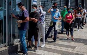 En Carabobo pasan una odisea para comprar comida en medio de la cuarentena (Video)