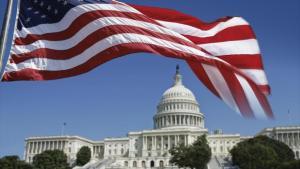 Trump promulgó megaplan para economía de EEUU por COVID-19