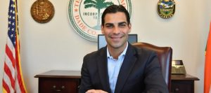 El alcalde Francis Suárez dice que Miami está tomando medidas para enfrentar al coronavirus