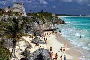 Murieron dos turistas durante un tiroteo en el balneario mexicano de Tulum