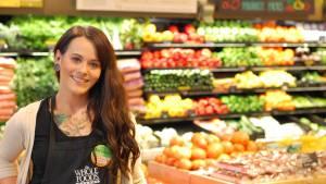 Trabajadores de Whole Foods protestan por inquietud de exposición a virus