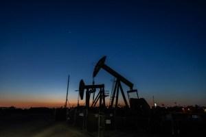 Petróleo inicia semana al alza por expectativa de demanda en recuperación