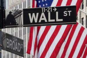 Wall Street cerró mixto, con el Dow Jones en rojo y récord en el Nasdaq
