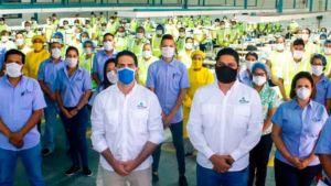 Uniformes attdrys fabrica 100 mil tapabocas a diarios para la lucha contra el Covid-19