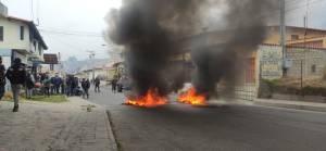 Merideños rompieron con la cuarentena para protestar por la escasez de gasolina #2Abr (Fotos)
