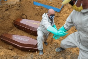 Brasil superó los 100 mil muertos por coronavirus