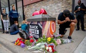 Indignación en EEUU tras la muerte de un ciudadano negro durante su arresto