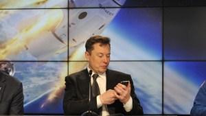 Elon Musk invita a los usuarios a probar internet espacial Starlink