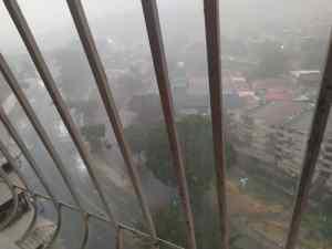 Luego del calor, se registraron fuertes lluvias en Caracas este #26May (Fotos y Videos)